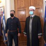 Εθιμοτυπική επίσκεψη του νέου Ιμάμη συνοδευόμενου από την πρόεδρο του Βακούφ στον Δήμαρχο Κω